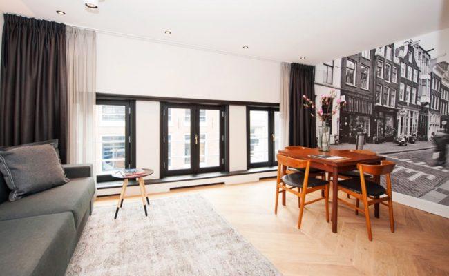 hongaarse-punt-massief-houten-vloer-hotel-xl