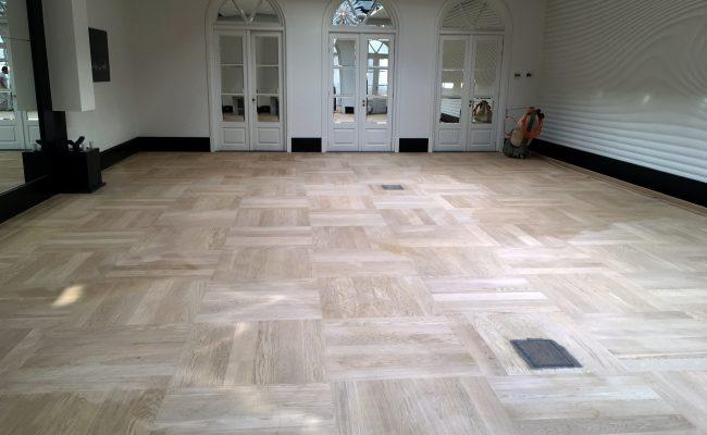 renovatie-massieve-houten-vloer-dylan-hotel