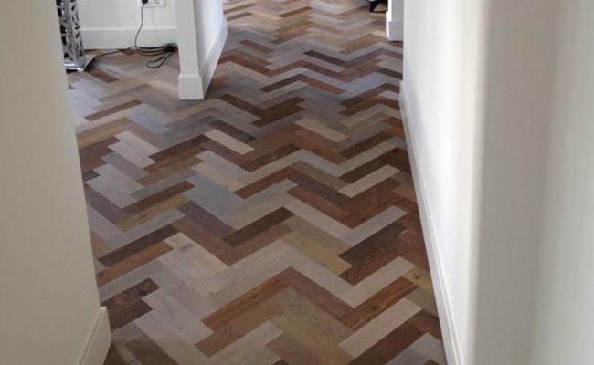 zevenkleuren-eiken-hout-visgraat-vloer-amsterdam-1